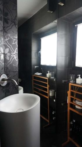 bathroom Bonanotte Colosseo Roma B&B