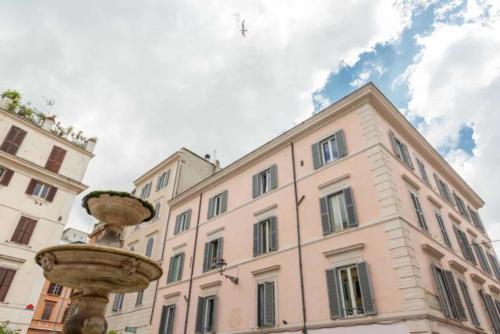 View of the Bonanotte Colosseo Roma B&B